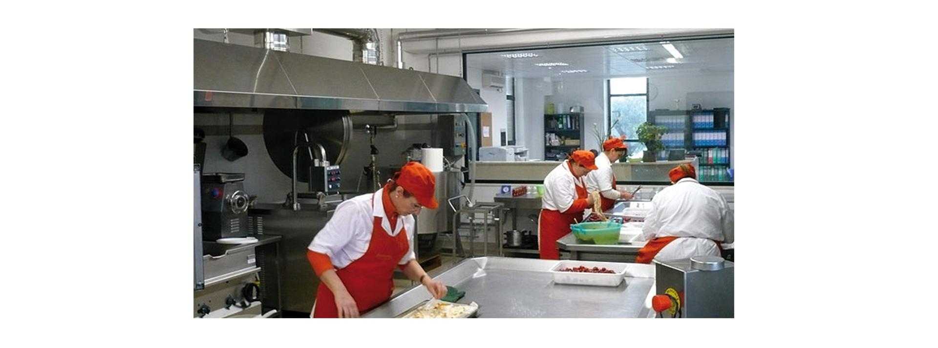 Progetto ristorazione progettazione e attrezzature per cucine industriali e professionali dalle - Cucine industriali usate ...